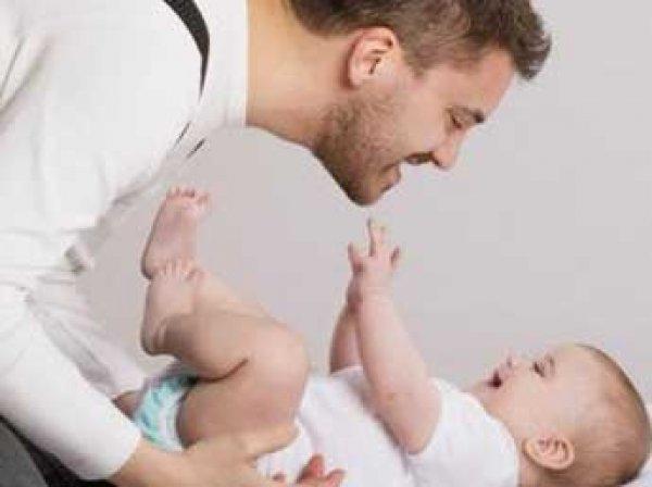 Белоруссия вводит двухнедельный декретный отпуск для отцов