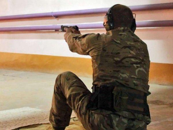 Боец Росгвардии случайно застрелился в тире