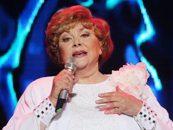Певица Эдита Пьеха госпитализирована в Санкт-Петербурге