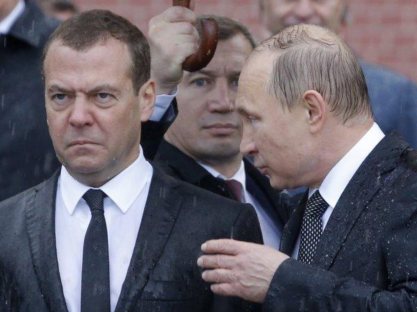 СМИ вычислили, кто не попадет в новый состав Кабмина РФ
