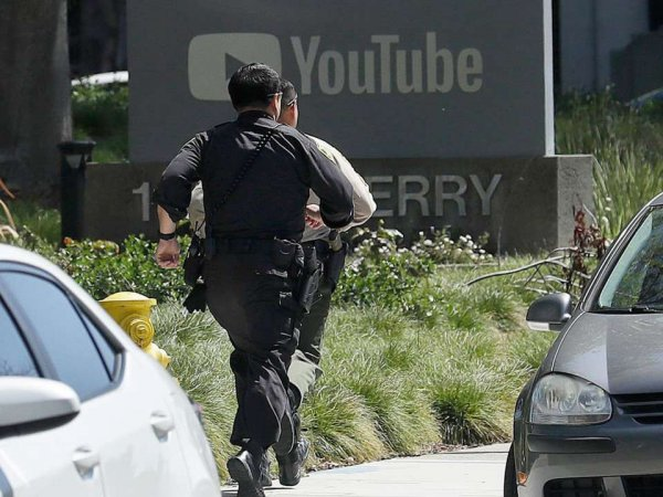 СМИ узнали подробности стрельбы в штаб-квартире YouTube в Калифорнии