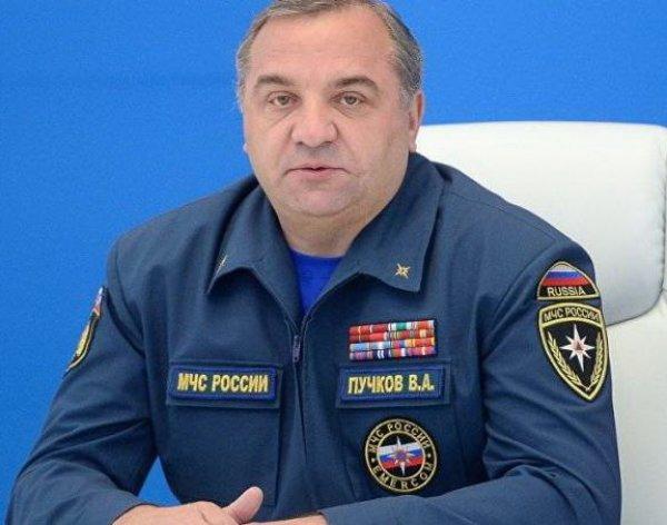 «Корку хлеба бездельнику бы не давал»: в Якутии возмутились реакцией главы МЧС на голодовку пожарных