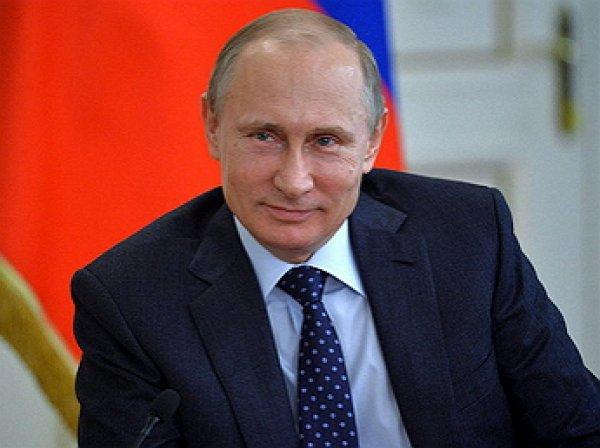 Путин разрешил блокировать порочащие честь сайты