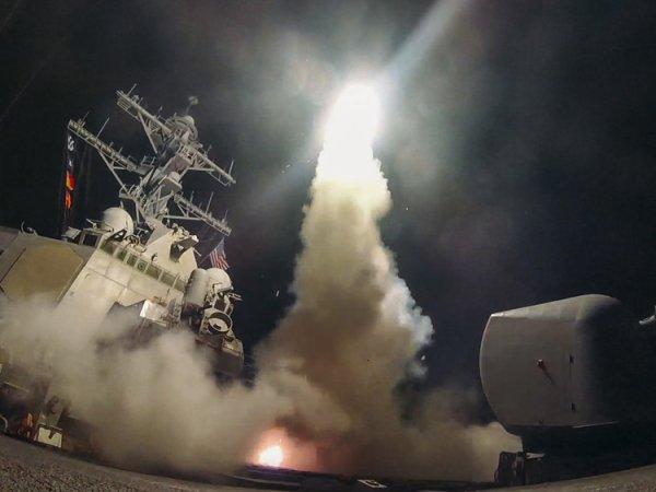 По авиабазе в Сирии нанесли ракетный удар: США отрицает причастность
