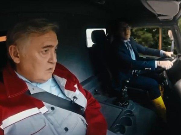 Малахов и Стоянов спародировали проезд Путина по Крымскому мосту