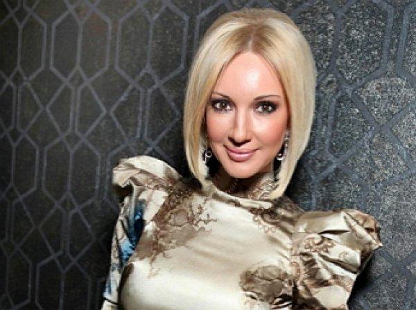 Лера Кудрявцева станет мамой и бабушкой одновременно