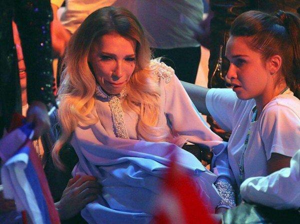 """Мать Самойловой пожаловалась на негатив в адрес певицы и на создателей ее клипа к """"Евровидению"""""""