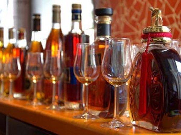 Роскачество: каждая третья бутылка коньяка в России оказалась поддельной