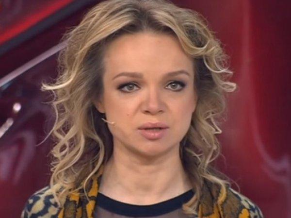 """Зрители требуют закрыть """"Пусть говорят"""" после драки Цымбалюк-Романовской"""