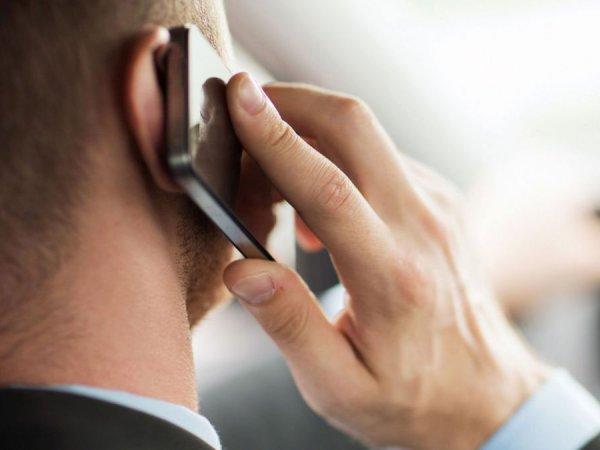 С 1 июня ведущие мобильные операторы начнут массово запрещать пополнение баланса телефонов