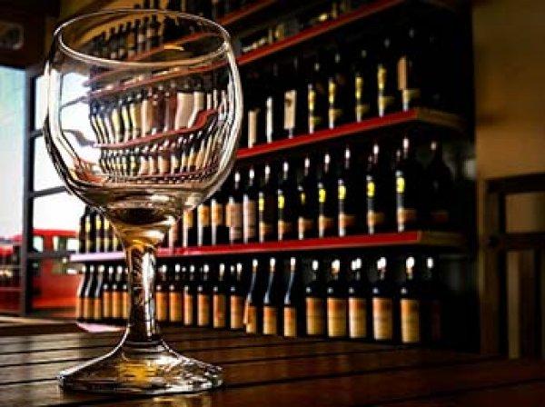 Роспотребнадзор запретил добавлять в алкоголь оленьи рога и кофеин