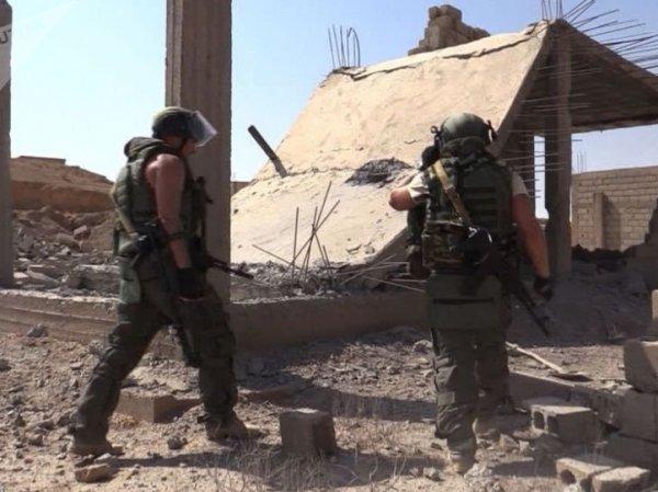 СМИ: Минобороны РФ подозревает боевиков с военной базы США в атаке в Дейр-эз-Зоре