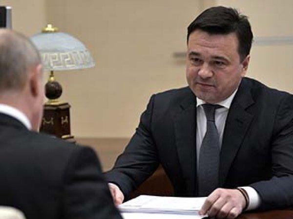 """СМИ узнали об одобрении Кремлем """"гарантированного"""" переизбрания четырех губернаторов"""