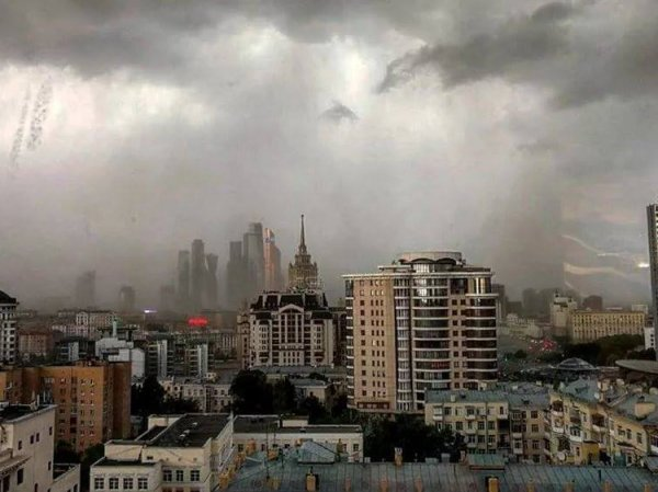 Синоптики: на Москву идет шторм
