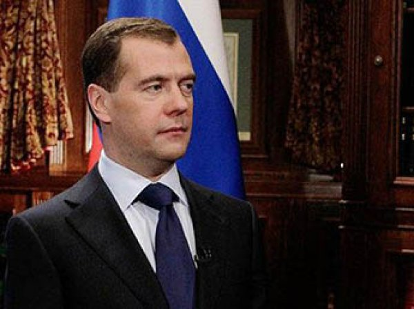 Медведев подсчитал расходы на реализацию первого майского указа Путина