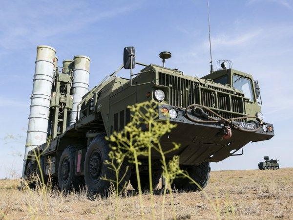 ИноСМИ: С-400 в первый же день лишат США контроля над небом в случае войны с Россией