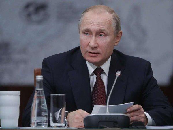 Путин рассказал главе МИД Франции о том, почему режиссер Серебренников не поехал в Канны