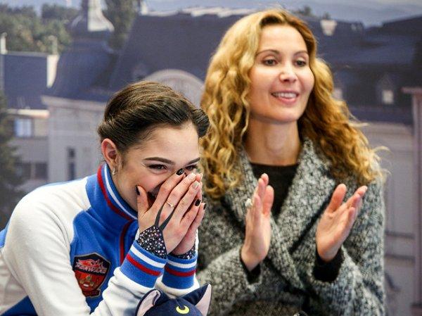 """Тутберизде и Медведева рассказали свои версии """"серебряного"""" выступления фигуристки на ОИ-2018"""