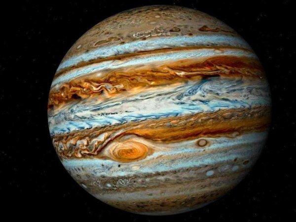 """Возле Юпитера нашли движущийся по """"неправильной"""" орбите астероид"""
