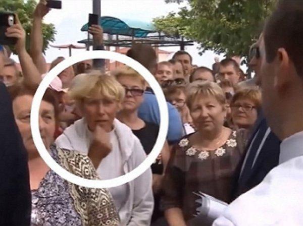 """СМИ выяснили, как сложилась судьба пенсионерки из мема с Медведевым """"Денег нет, но вы держитесь"""""""