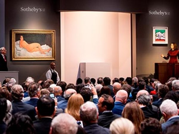 Шедевр Модильяни в стиле ню ушел с молотка и побил рекорд Sotheby's