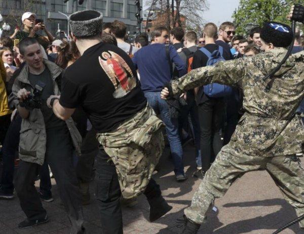 Суд оштрафовал казака за хулиганство на митинге 5 мая в Москве