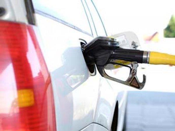 СМИ: правительство готово снизить акцизы после резкого роста цен на бензин