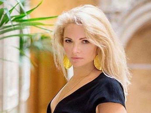 Побрившаяся наголо экс-жена Пескова выходит замуж: ее избранник моложе на 11 лет
