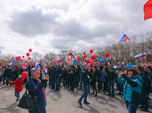 """""""Он нам не царь"""": митинги сторонников Навального 5 мая 2018 проходят по всей России"""