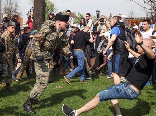 Казаки объяснили свое участие в разгоне протестной акции в Москве 5 мая
