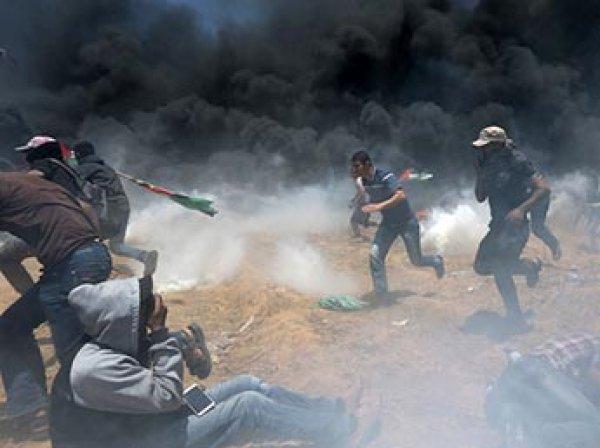 При столкновениях в секторе Газе погиб 41 палестинец, более 900 человек ранены