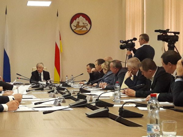 СМИ: 68 депутатов из регионов оказались за чертой бедности