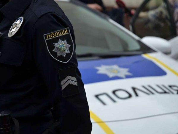 В Мариуполе полковнику, возмутившемуся отсутствием меню на украинском языке, сломали челюсть