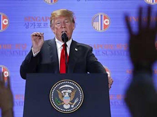 """Трамп гневно ответил """"отбитому"""" Де Ниро, который обматерил его со сцены"""