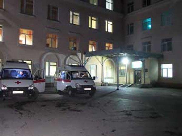 В Екатеринбурге женщина умерла на пороге больницы, не дождавшись врачей