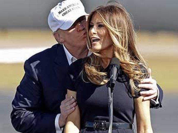 """Трампу пришлось объяснять надпись """"Мне все равно"""" на куртке своей жены"""