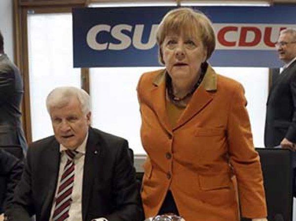 «Я больше не могу работать с этой женщиной»: глава МВД Германии выдвинул ультиматум Меркель