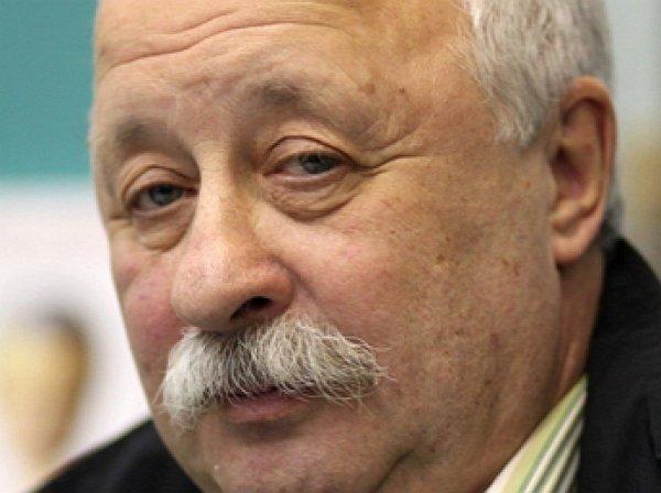 Якубович пожаловался на «приходящих жрать» на «Поле Чудес» россиян