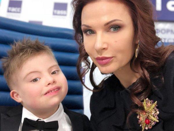 """""""И плакал, и задыхался"""": Эвелина Бледанс спасла жизнь своему сыну"""
