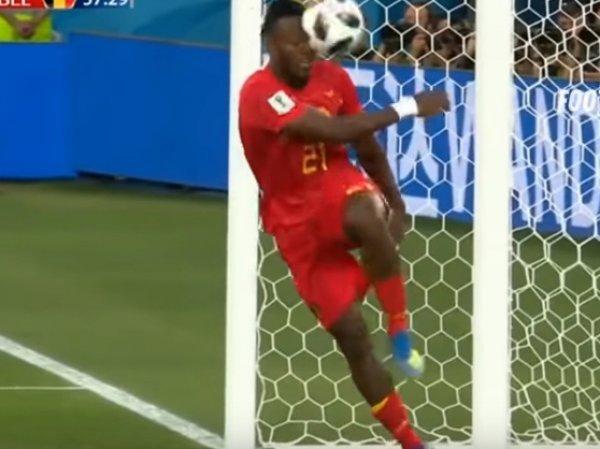 Попавший себе лицом по мячу бельгийский футболист стал звездой в Сети