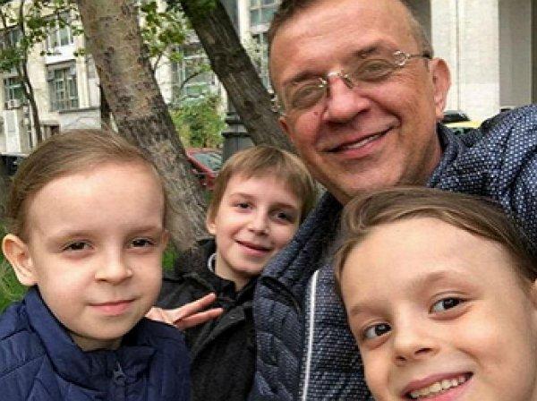 Роман Жуков рассказал, почему бросил жену с шестью детьми