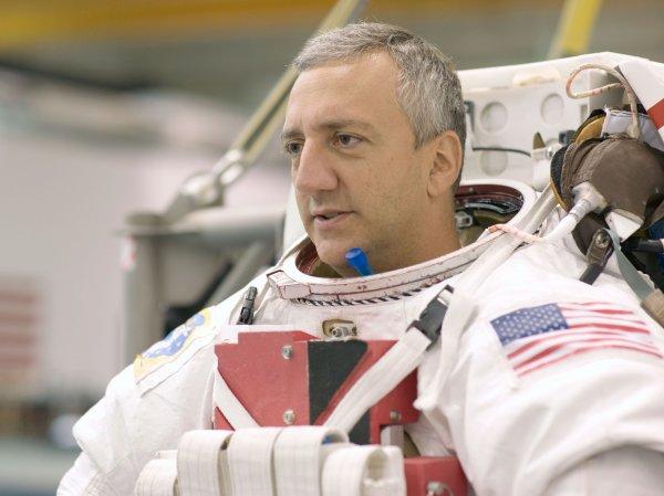 Астронавт NASA рассказал, как однажды заказал пиццу прямо из космоса