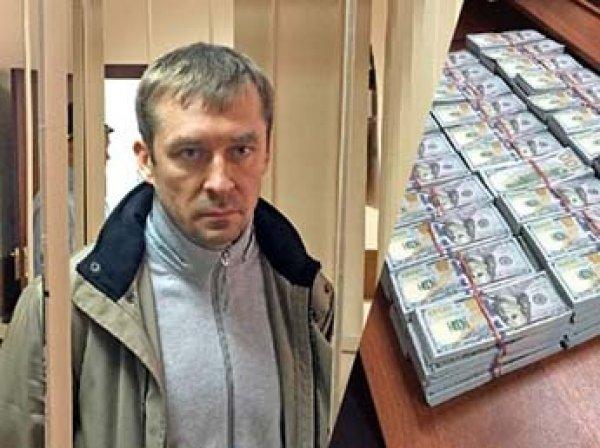Экспертиза ДНК определила настоящего владельца миллиардов полковника Захарченко