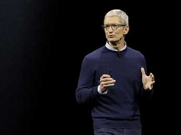 Гендиректор Apple признался в неожиданной зависимости от iPhone
