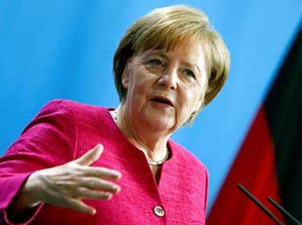 Меркель приняла ультиматум главы МИД Германии о мигрантах