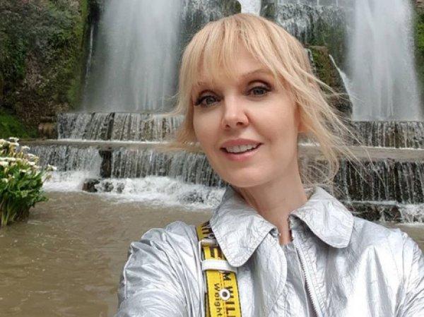 50-летняя Валерия восхитила фанатов фото в купальнике