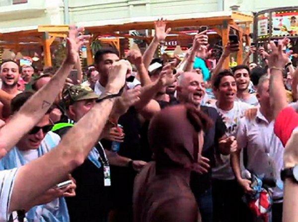 Болельщики Аргентины поучаствовали во флешмобе «Катюша» в поддержку своей сборной