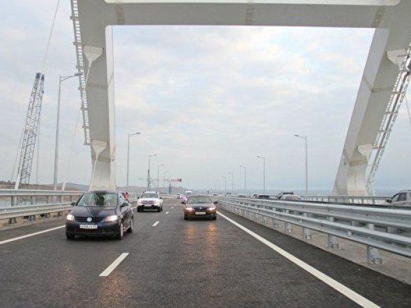 СМИ сообщили о первом погибшем на Крымском мосту