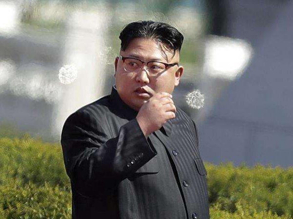 СМИ: самолет с Ким Чен Ыном на борту сменил курс и номер рейса во время полета