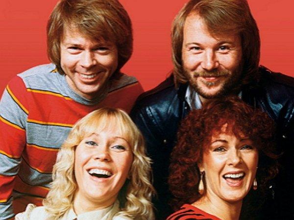 Опубликовано первое фото группы ABBA после воссоединения
